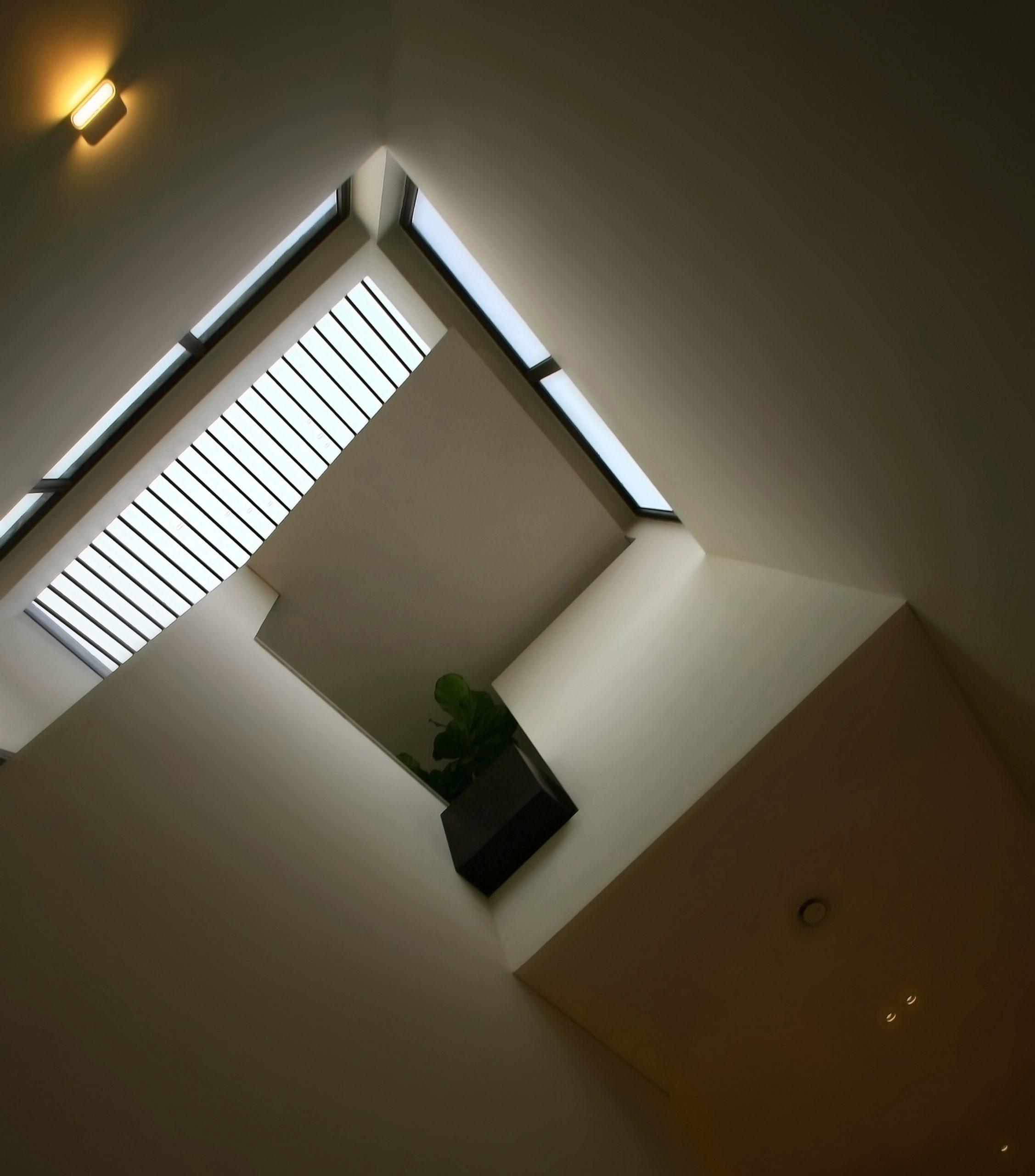 (cutting) EDGE house - Nhà vát góc trong ngõ nhỏ | ACCESS design lab