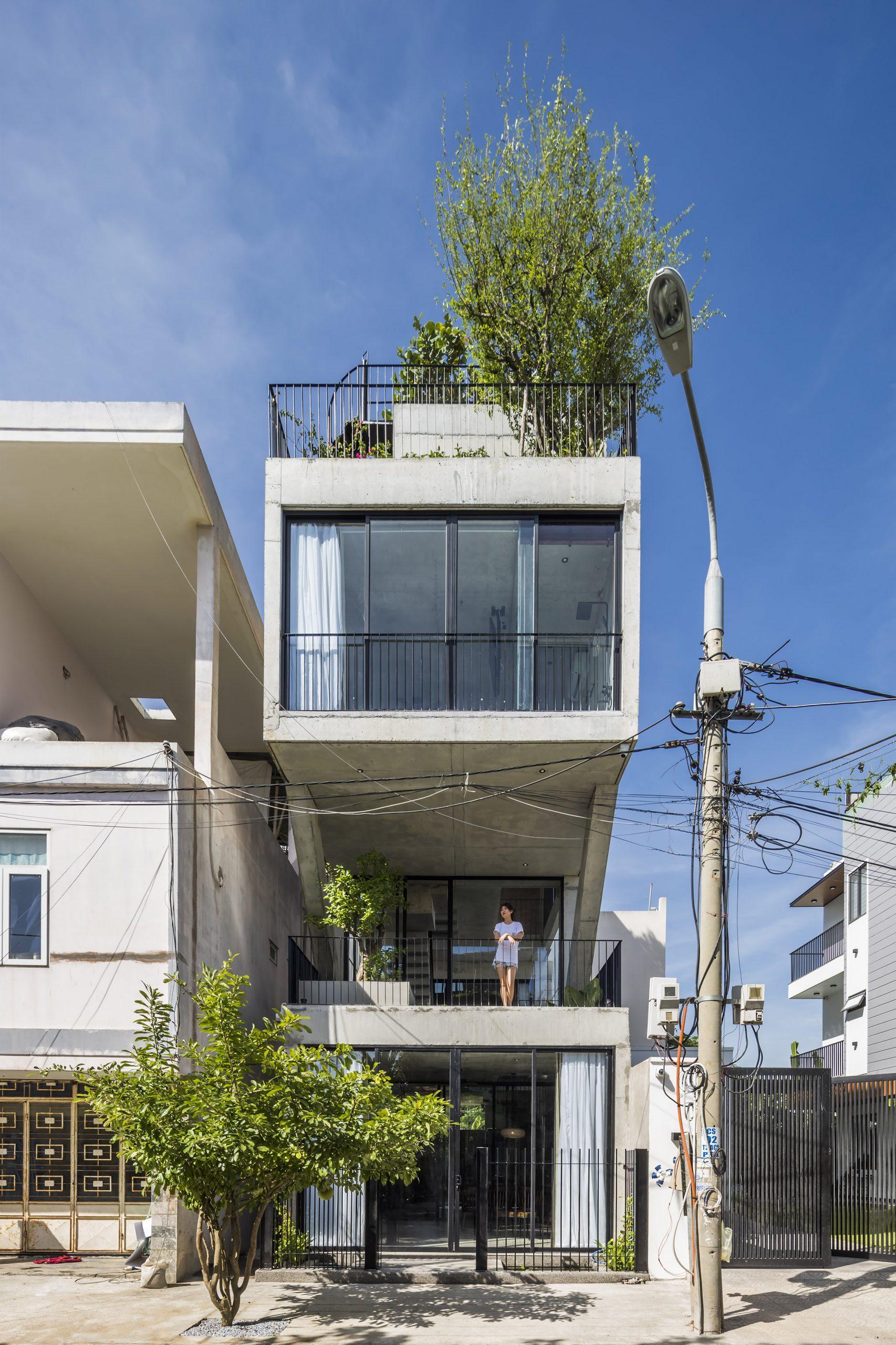 0428 scaled - The Concrete House 01 / Ho Khue Architects: Ngôi nhà 4 tầng với diện tích lô 5m x 16m