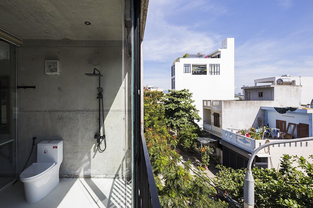 0469 - The Concrete House 01 / Ho Khue Architects: Ngôi nhà 4 tầng với diện tích lô 5m x 16m