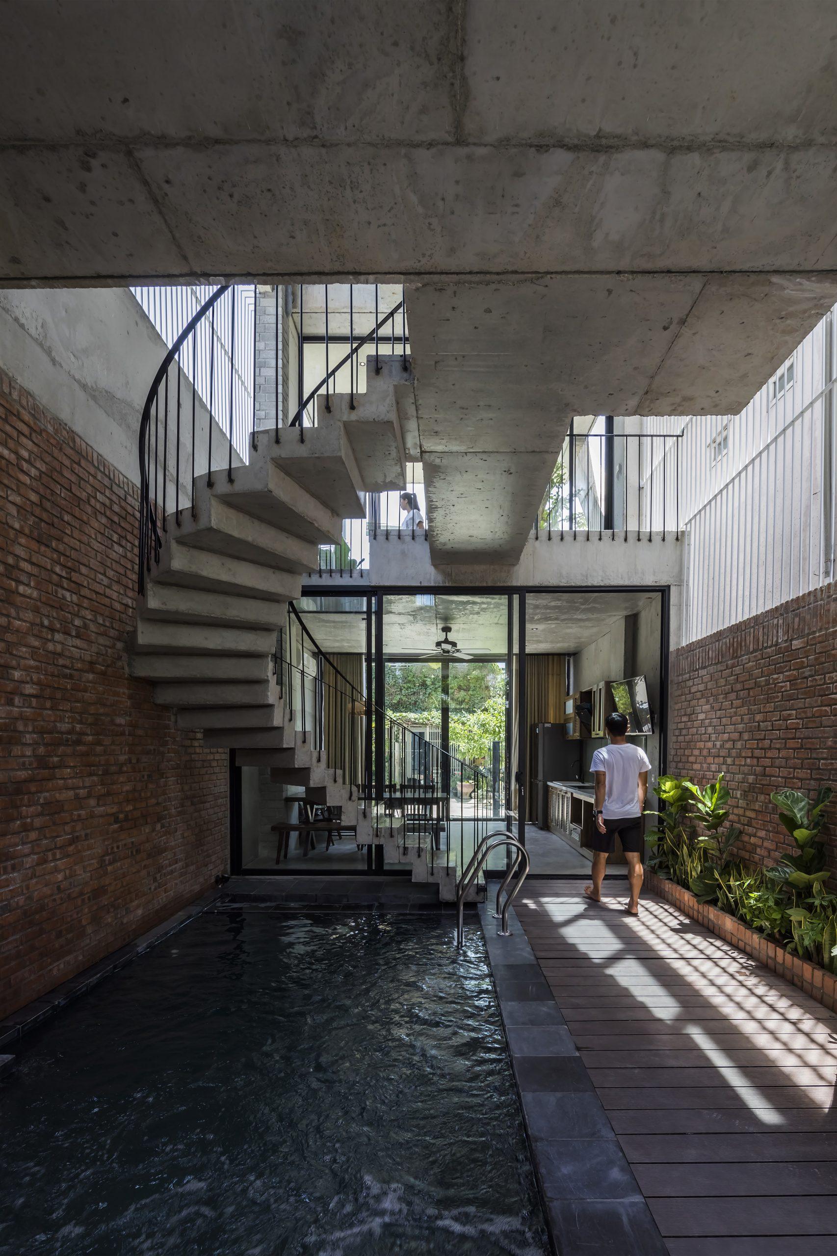 0557 scaled - The Concrete House 01 / Ho Khue Architects: Ngôi nhà 4 tầng với diện tích lô 5m x 16m