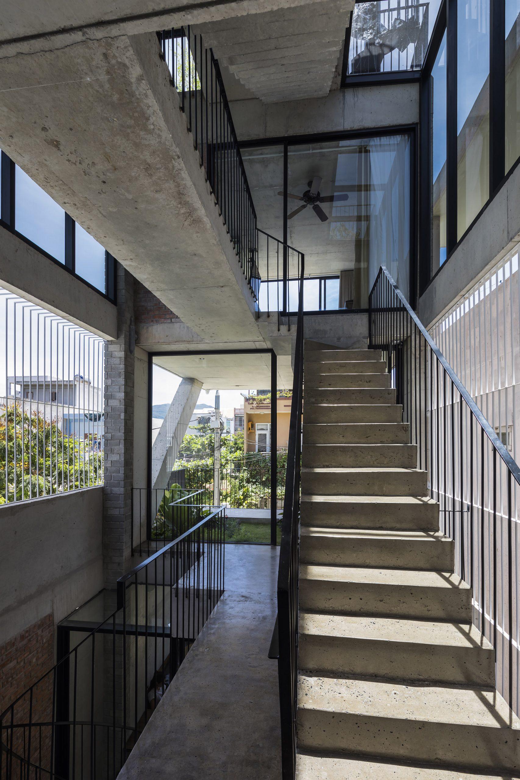 0574 scaled - The Concrete House 01 / Ho Khue Architects: Ngôi nhà 4 tầng với diện tích lô 5m x 16m
