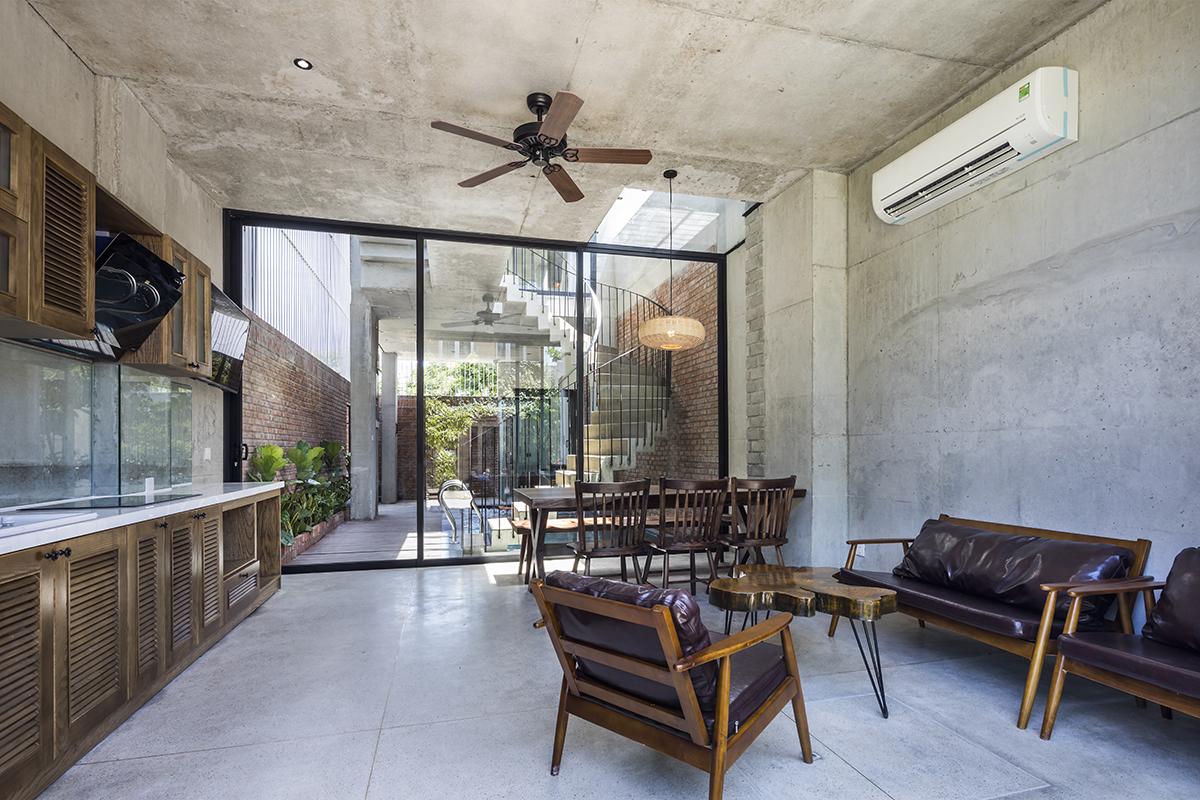 0703 - The Concrete House 01 / Ho Khue Architects: Ngôi nhà 4 tầng với diện tích lô 5m x 16m