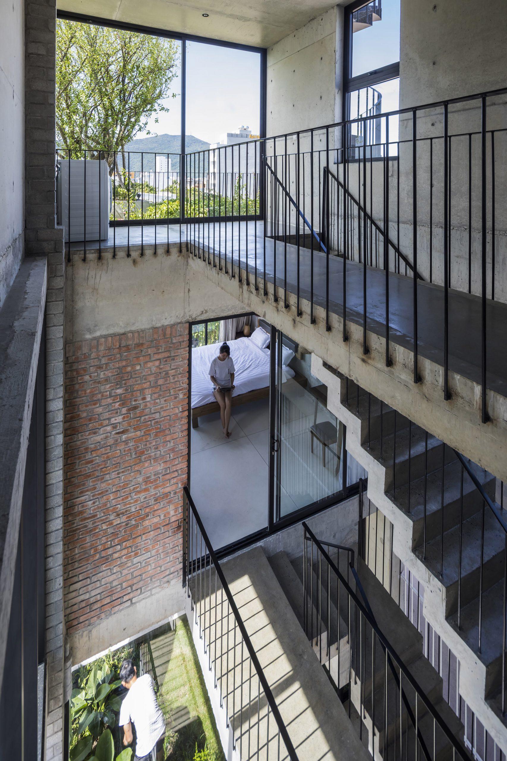 0772 scaled - The Concrete House 01 / Ho Khue Architects: Ngôi nhà 4 tầng với diện tích lô 5m x 16m