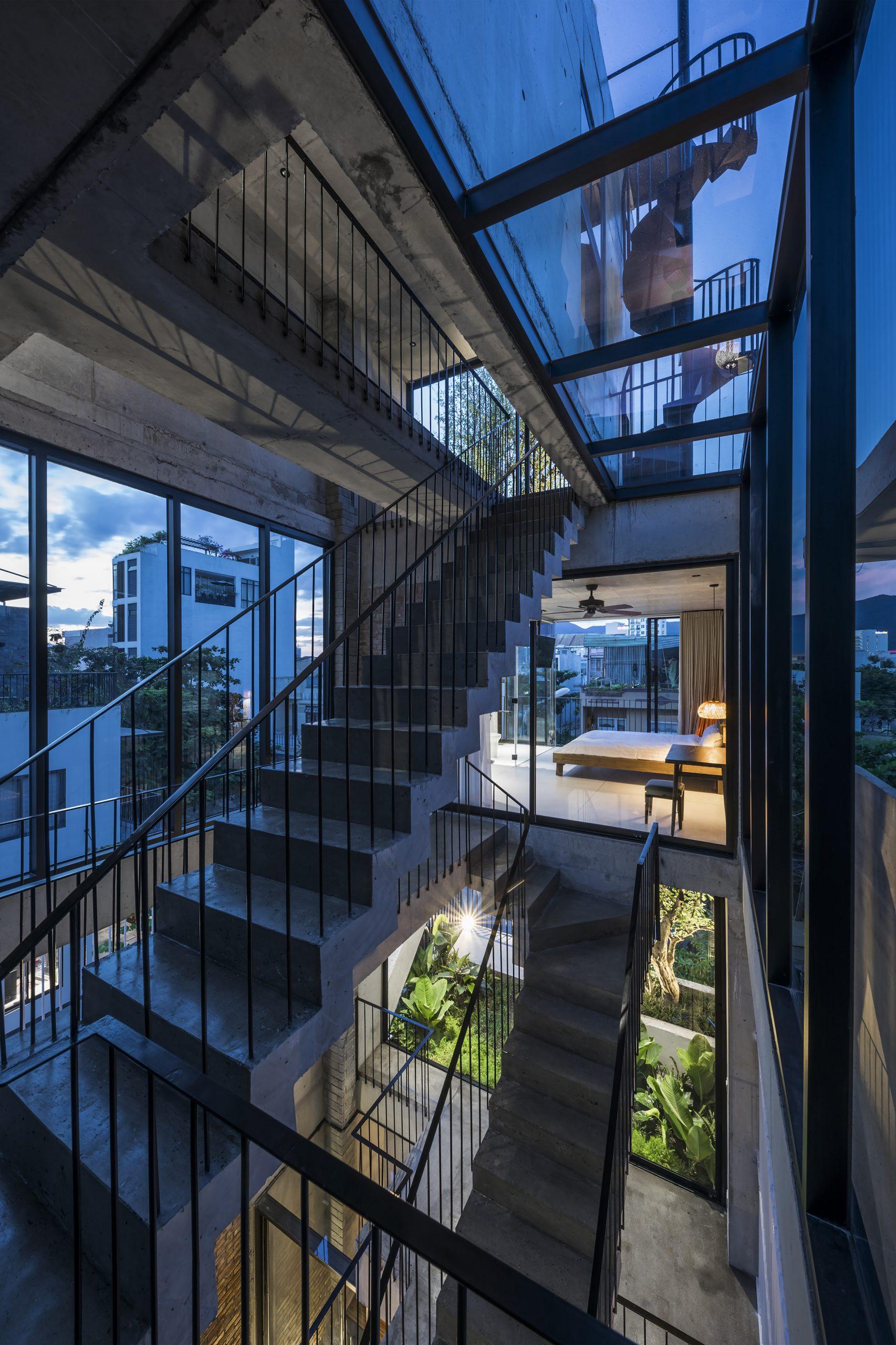 0880 scaled - The Concrete House 01 / Ho Khue Architects: Ngôi nhà 4 tầng với diện tích lô 5m x 16m