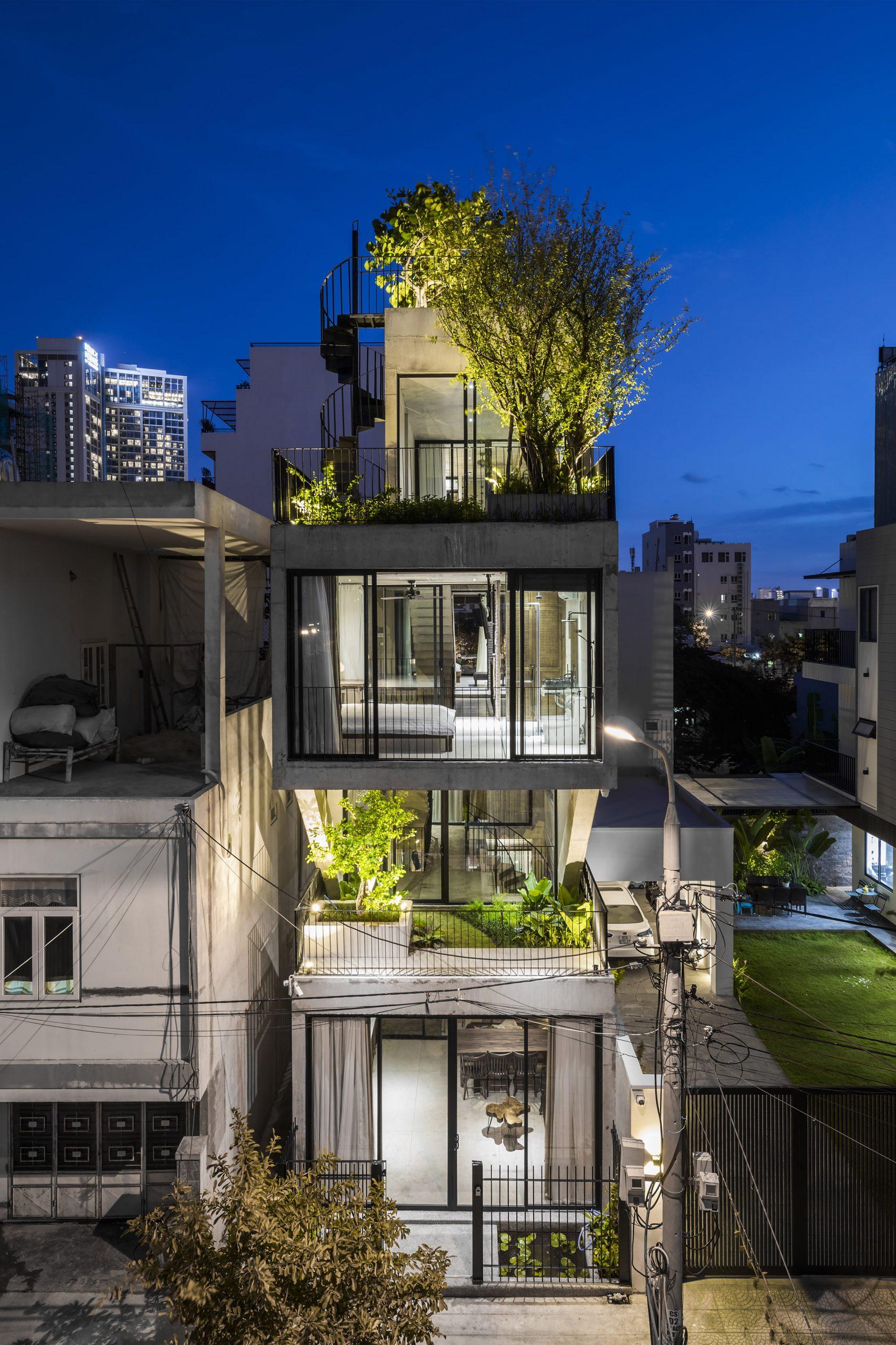 0890 scaled - The Concrete House 01 / Ho Khue Architects: Ngôi nhà 4 tầng với diện tích lô 5m x 16m
