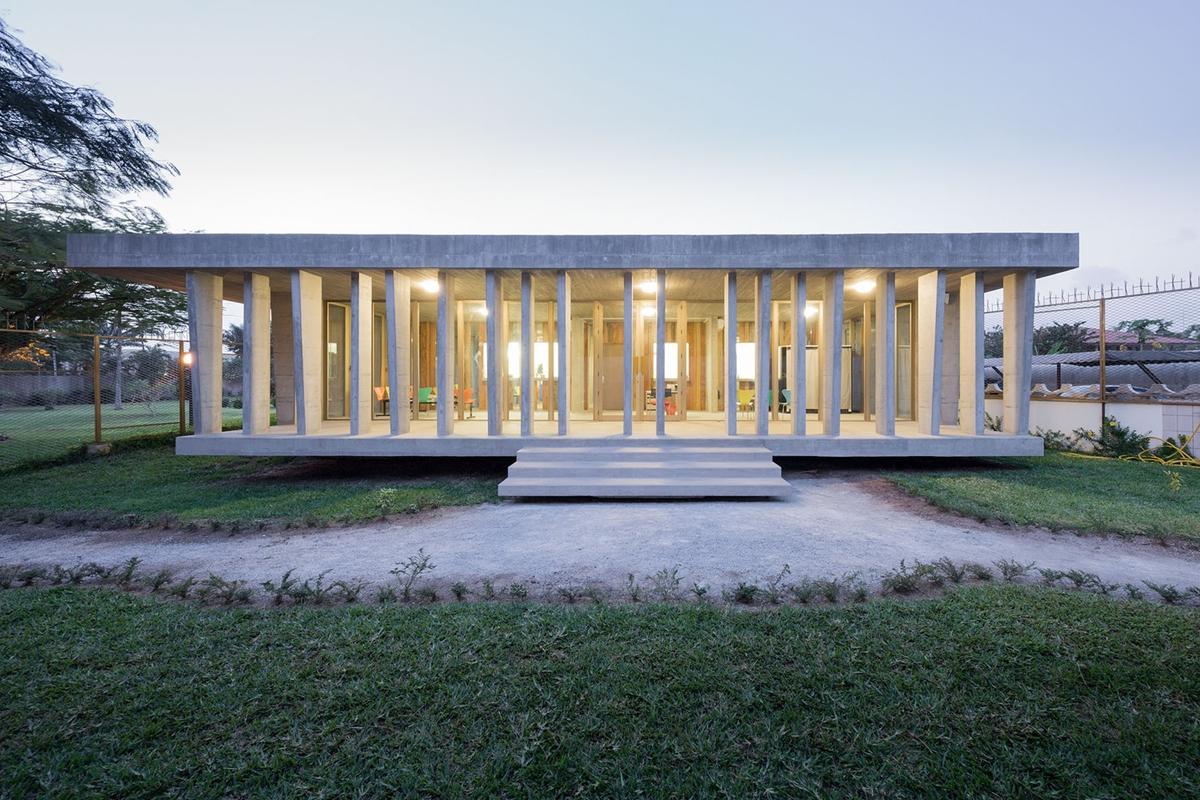 Kiến trúc hiện đại Bờ Biển Ngà - Châu Phi