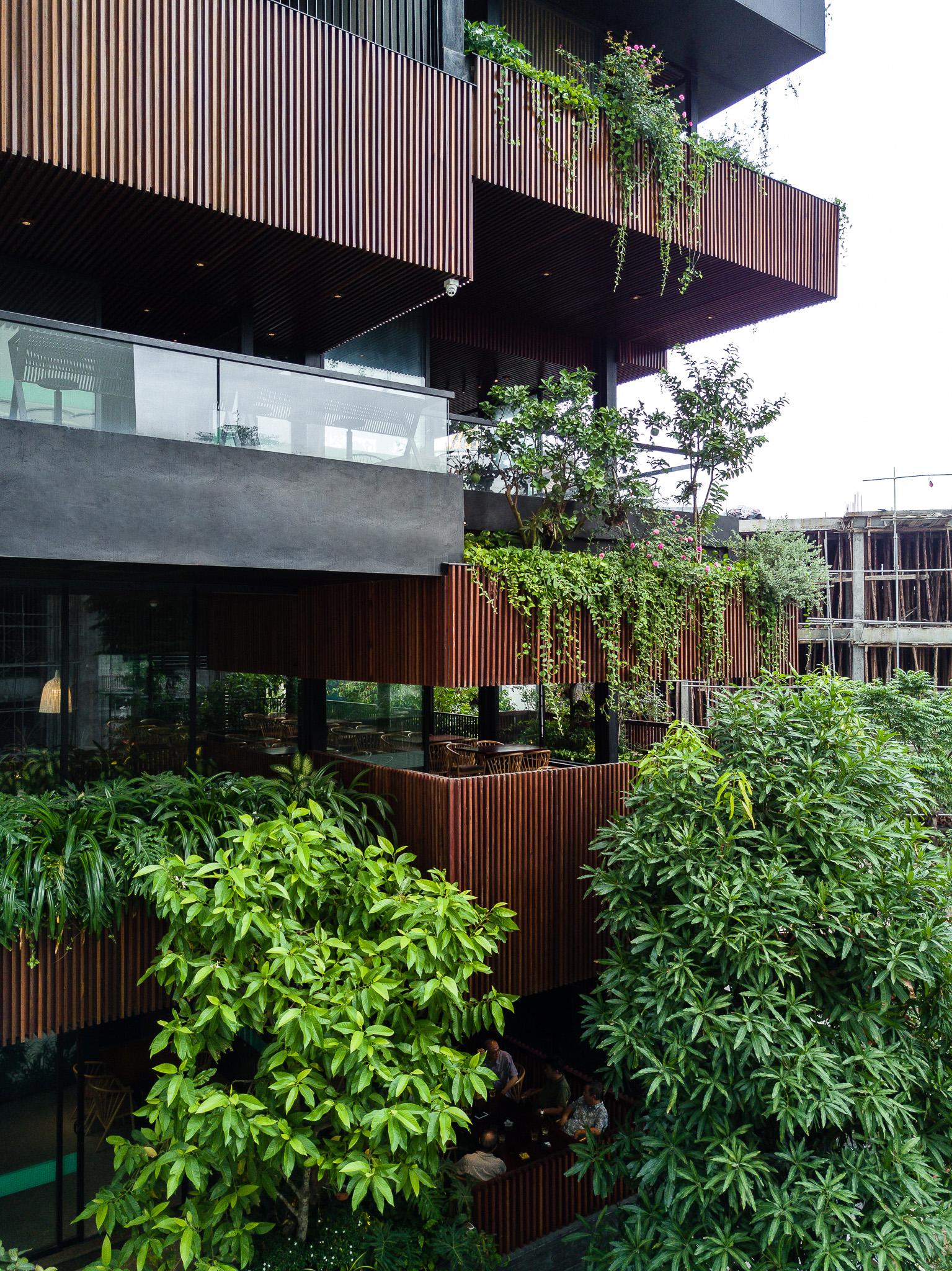 5 1 - NamLong Restaurant | HML-architecture