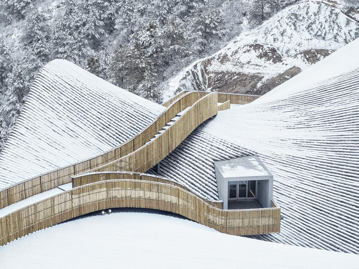 Kiến Việt - Hilltop Gallery Sự cộng hưởng của hiện đại và truyền thống dEEP Architects