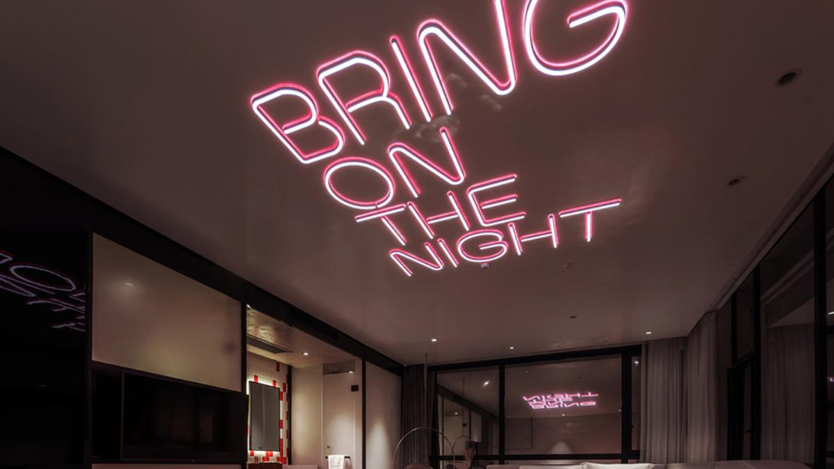 Khi những bóng đèn neon định hình cho kiến trúc