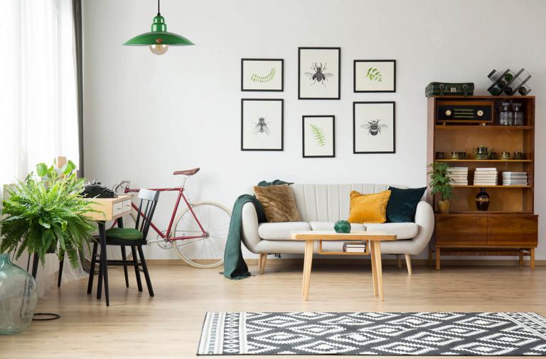 Treo tranh dạng lưới ảnh hưởng như thế nào đến không gian nội thất?