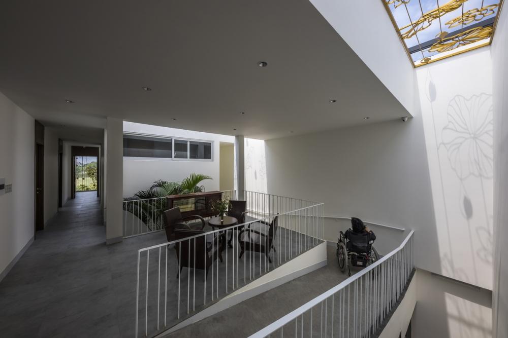 Lotus House - Tìm mình trong từng không gian sống