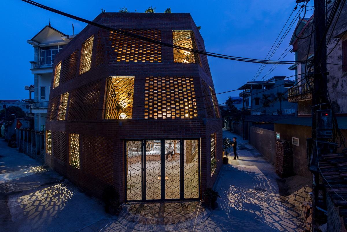 Những ngôi nhà gạch mộc Việt Nam – Mộc mạc, độc đáo từ chất liệu