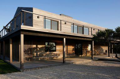 Độc đáo ngôi nhà được cải tạo từ những tấm gỗ màu xám | Brooklyn Desciencelab
