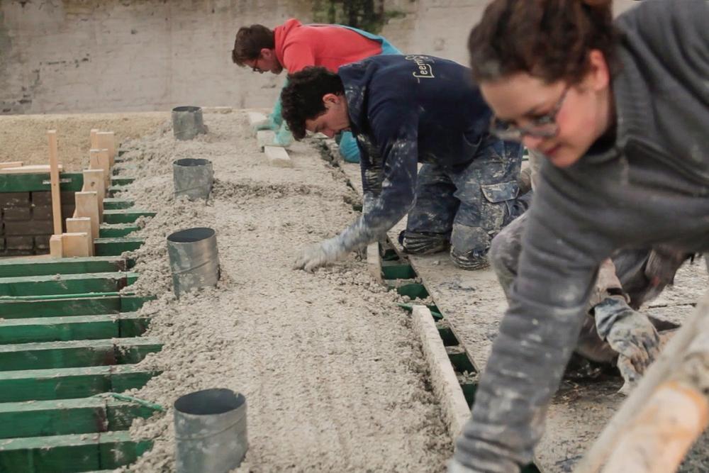 Bê tông từ cây gai dầu: Từ những cây cầu La Mã cho tới vật liệu khả dĩ trong tương lai