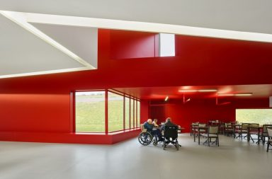 Yêu cầu nào để thiết kế sàn dành cho người sử dụng xe lăn?