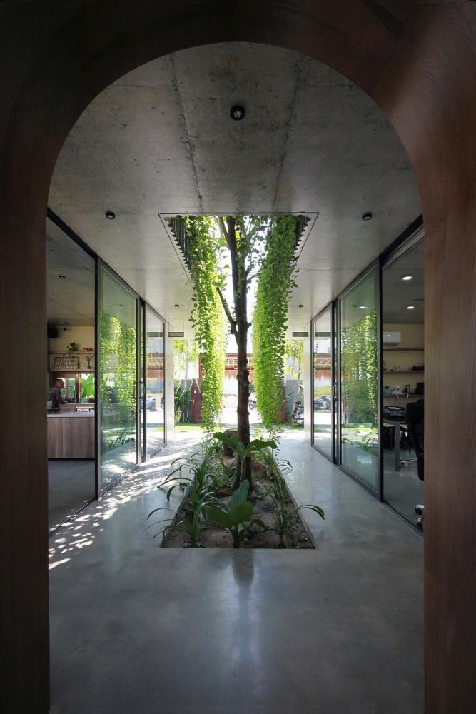 SKB Office - Nhà quê nơi phố thị | Chong Chóng Architecture