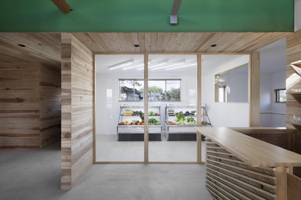 """Kiến trúc """"Yobitsugi"""" truyền thống độc đáo trong cửa hàng tạp hoá hiện đại ở Nhật Bản   Ryusuke Nanki"""