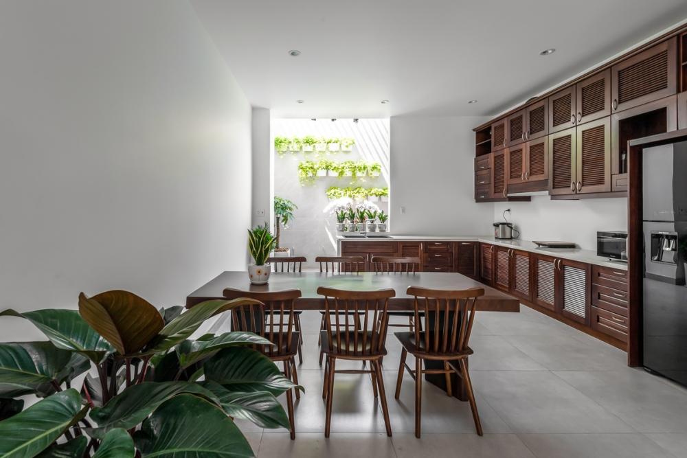 13 7 1000x1000 - Nhà trong thành phố - Giải pháp cho không gian sống với nhiều thành viên | Story Architecture