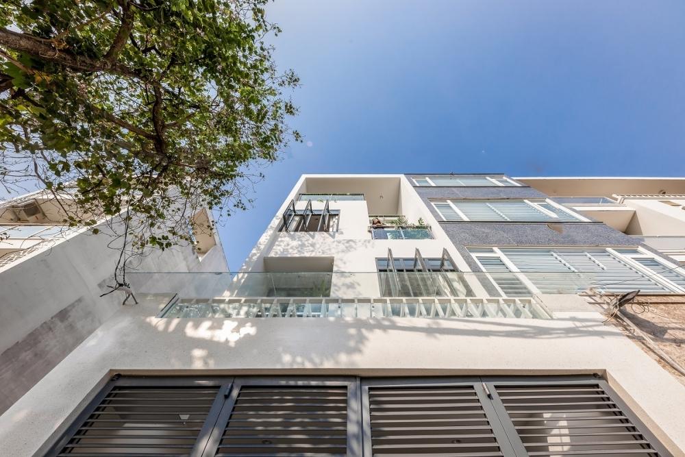 3 7 1000x1000 - Nhà trong thành phố - Giải pháp cho không gian sống với nhiều thành viên | Story Architecture