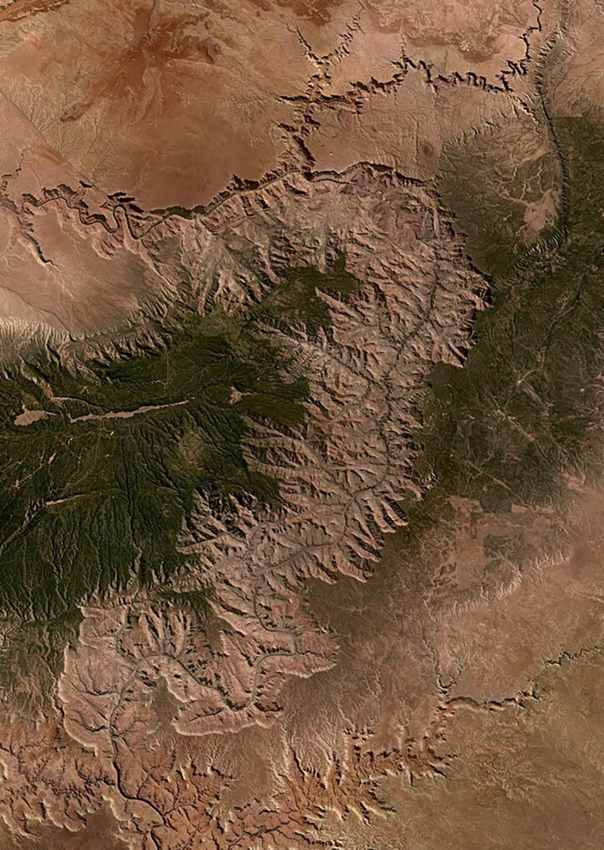 Sẽ thế nào khi ngắm nhìn Di sản Thế giới từ trên cao?