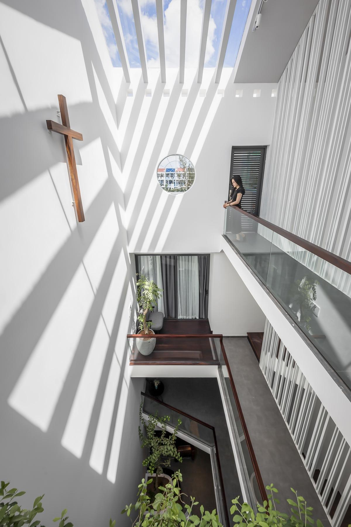 05 1 2000x2000 - NGỌC House - Chất keo gắn kết gia đình đa hệ  Story Architecture