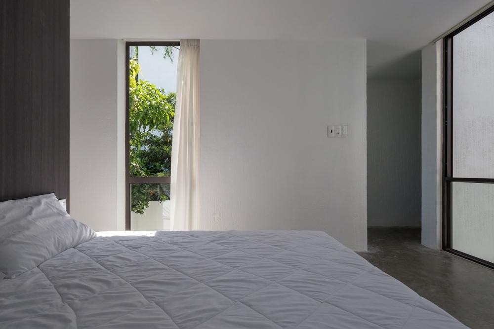 10 21 1000x1000 - Nhà Mệ Loan - Khoảng trời đón nắng trong ngõ nhỏ   H-H Studio
