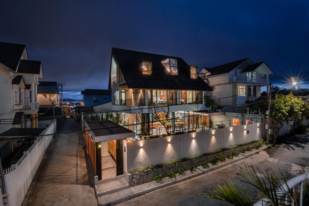 2 36 1000x1000 - Nhà Nam Hồ - công trình hòa quyện nét đẹp truyền thống và hiện đại   RYO Group