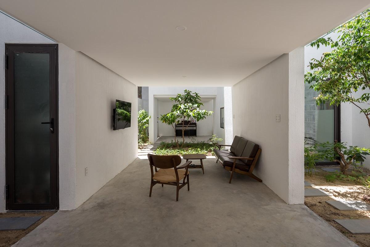 2 44 - Nhà Mệ Loan - Khoảng trời đón nắng trong ngõ nhỏ   H-H Studio