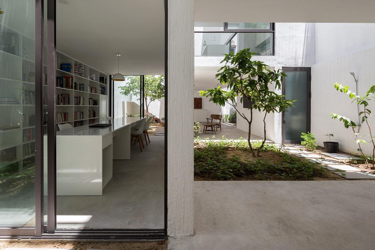 3 40 - Nhà Mệ Loan - Khoảng trời đón nắng trong ngõ nhỏ   H-H Studio