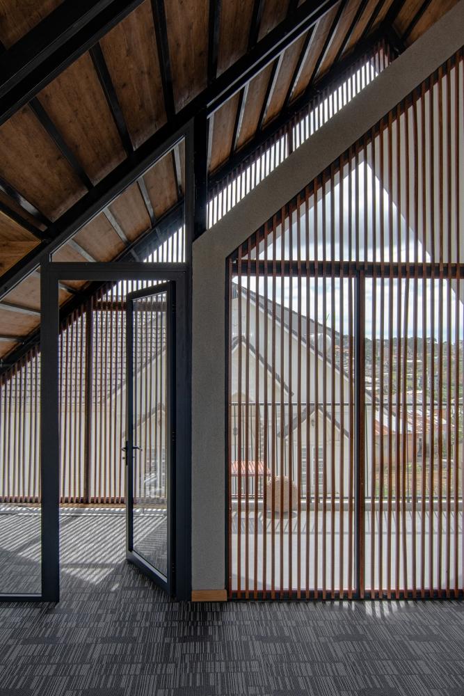 5 9 1 1000x1000 - Nhà Nam Hồ - công trình hòa quyện nét đẹp truyền thống và hiện đại   RYO Group