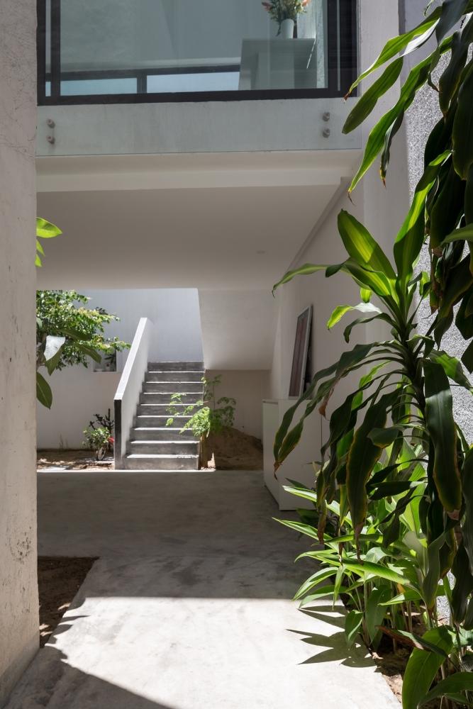 6 24 1000x1000 - Nhà Mệ Loan - Khoảng trời đón nắng trong ngõ nhỏ   H-H Studio
