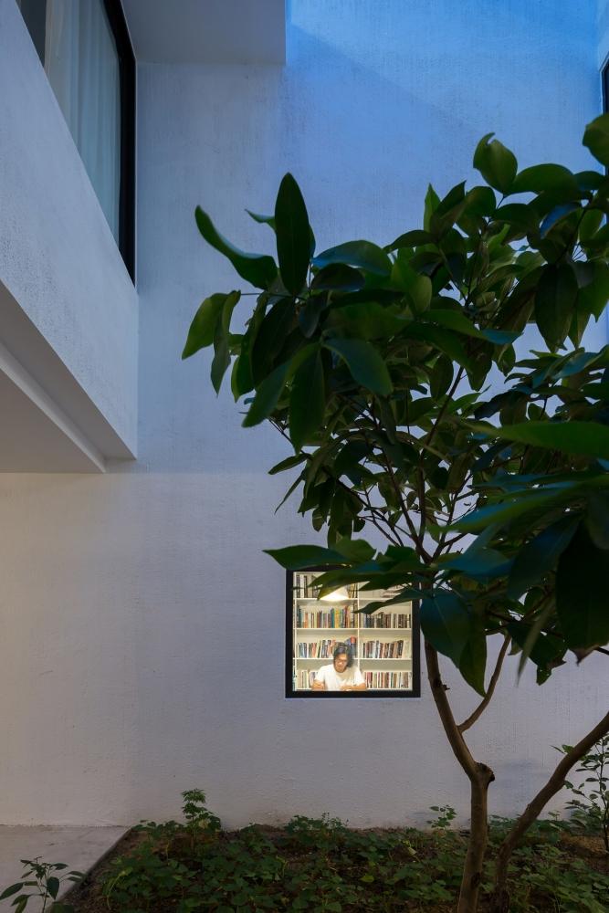 8.8.8 1000x1000 - Nhà Mệ Loan - Khoảng trời đón nắng trong ngõ nhỏ   H-H Studio