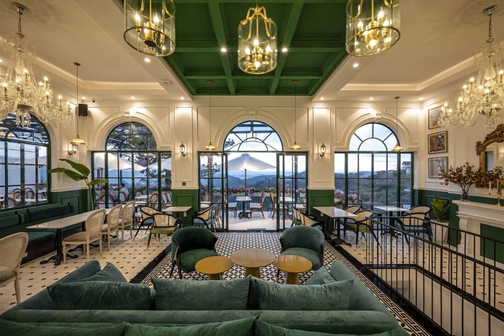 Morning in Town 10 1000x1000 - Morning in Town cafe - Thiết kế bao trọn không gian núi rừng tại Đà Lạt | KenDesign