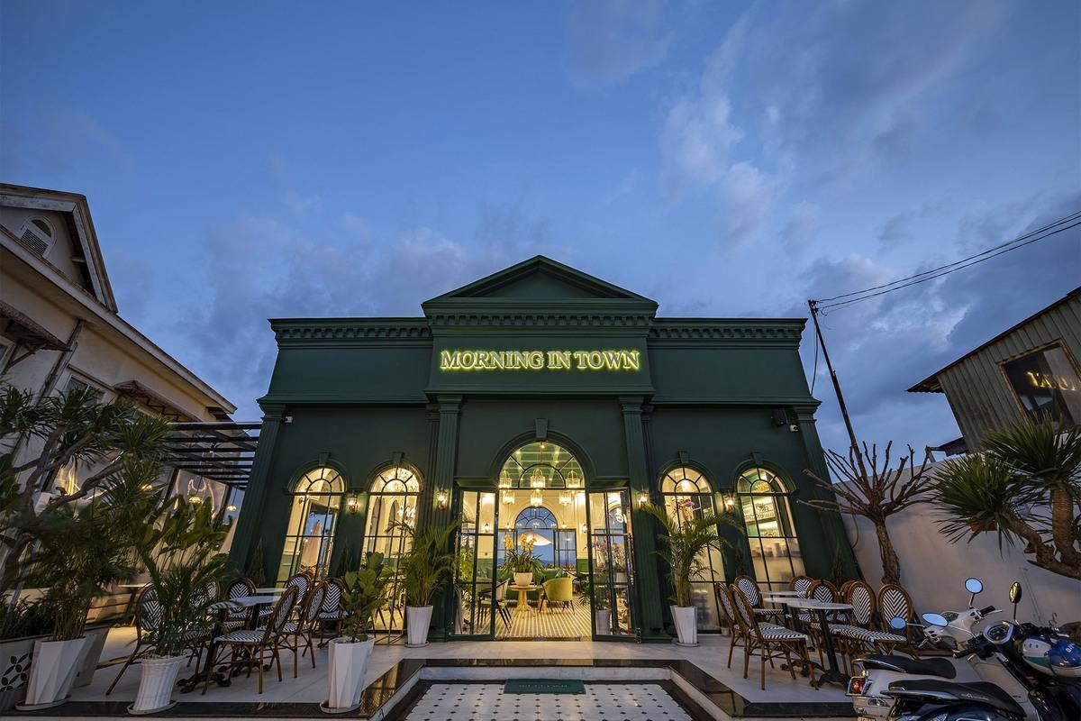 Morning in Town 13 3000x2000 - Morning in Town cafe - Thiết kế bao trọn không gian núi rừng tại Đà Lạt | KenDesign
