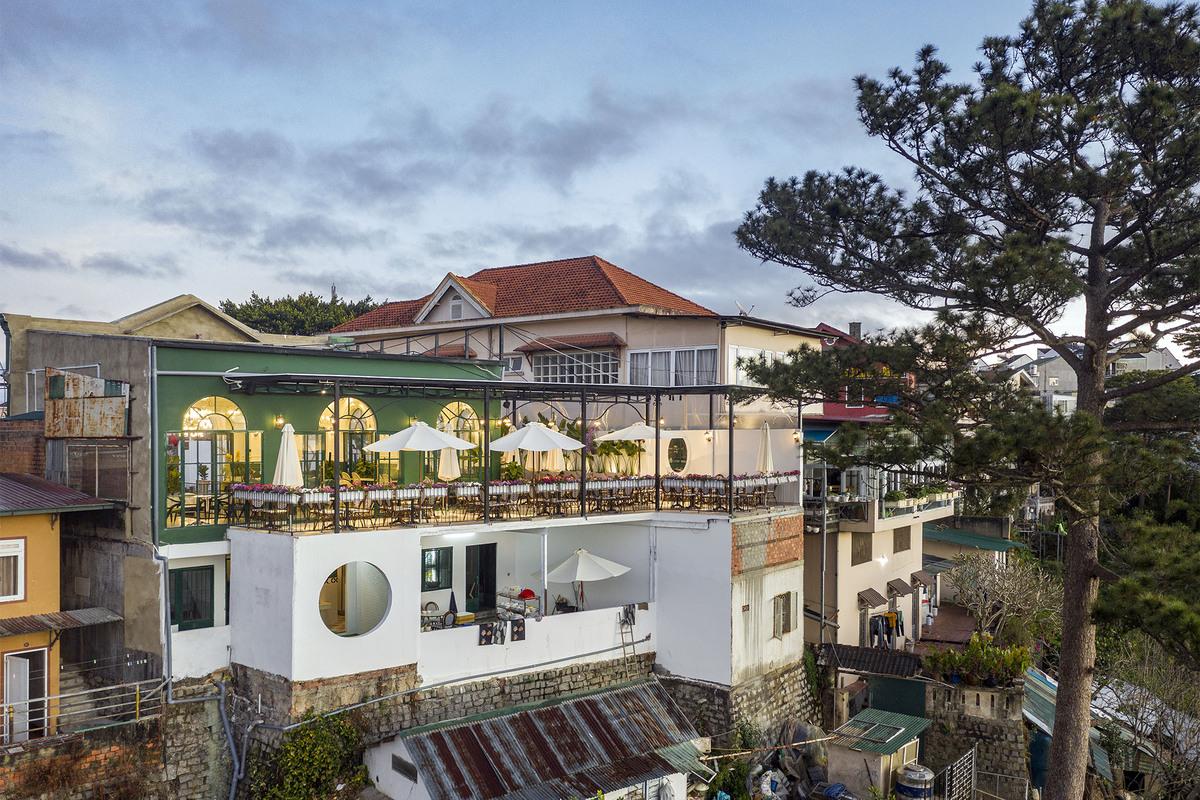 Morning in Town 28 - Morning in Town cafe - Thiết kế bao trọn không gian núi rừng tại Đà Lạt | KenDesign