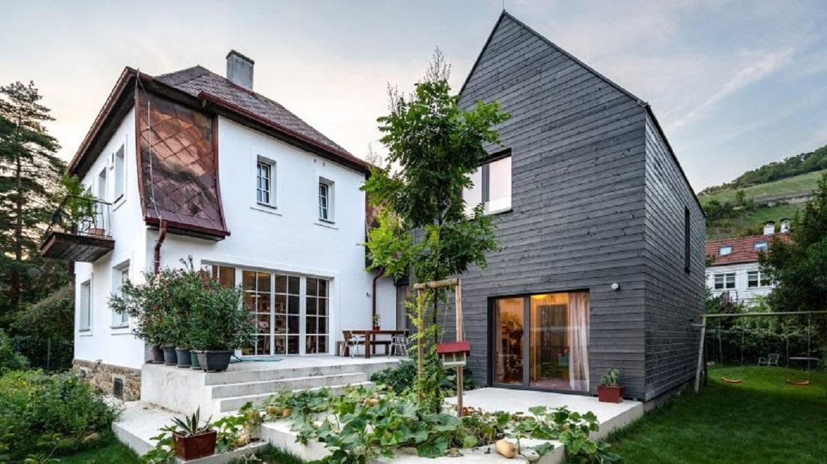 addition-not-demolition-smartvoll-architecture-house_dezeen_2364_hero-a-852x479-1.jpg