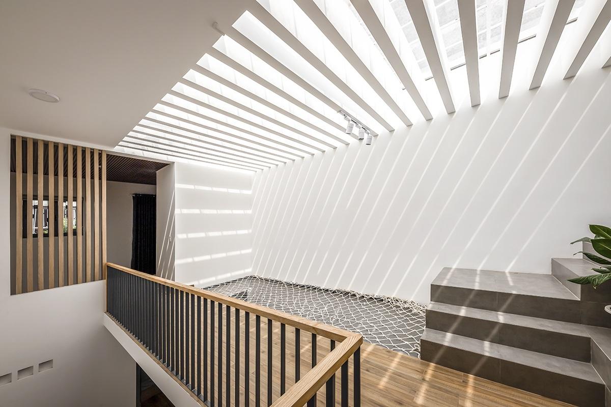 kienviet nha mai huong anh sang tu nhien trong long thanh pho story architecture 21 - Nhà Mai Hương - thông tầng không gian đón sáng tự nhiên