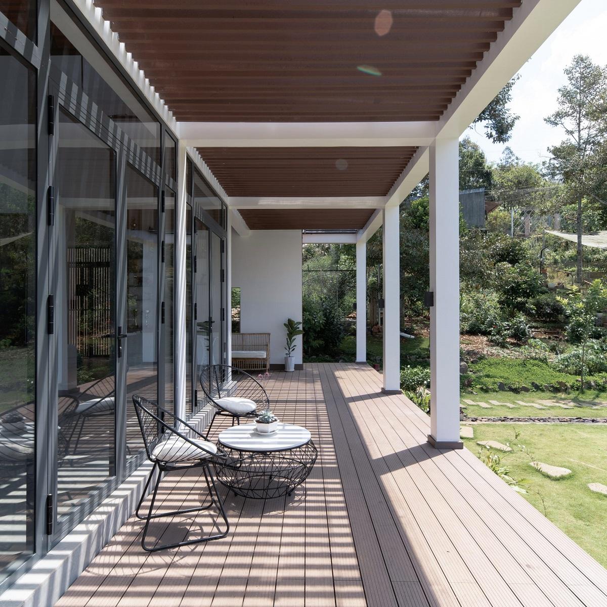 kienviet xuan anh house tan huong khong gian yen binh garchitects 11 - Nhà Xuân Anh - Tìm về chốn yên bình