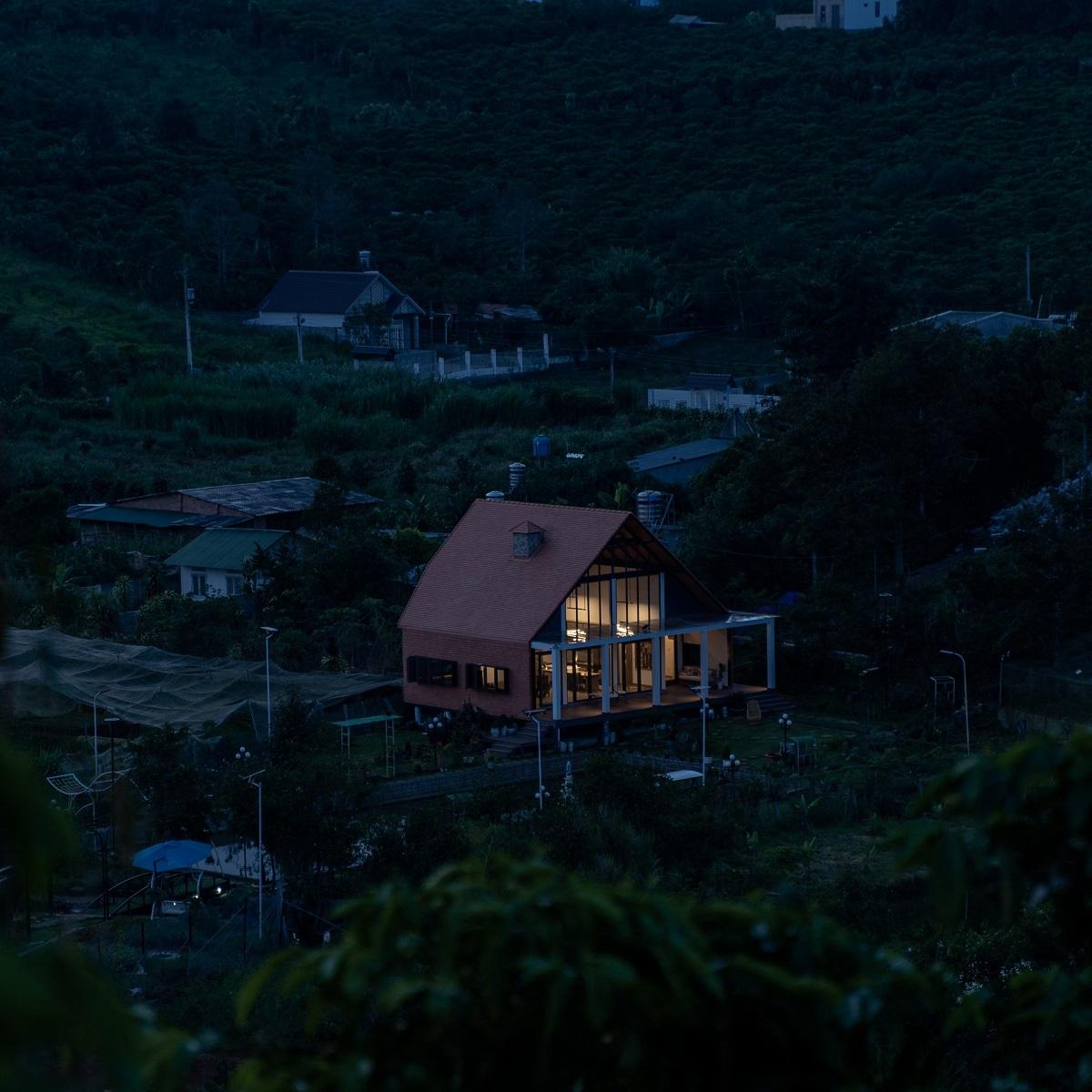 kienviet xuan anh house tan huong khong gian yen binh garchitects 19 - Nhà Xuân Anh - Tìm về chốn yên bình